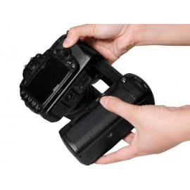 Pixel Battery Grip for Nikon D90/D80